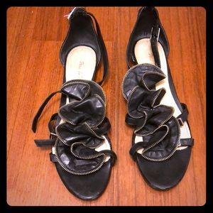 Pour la victoire sandals size 41!